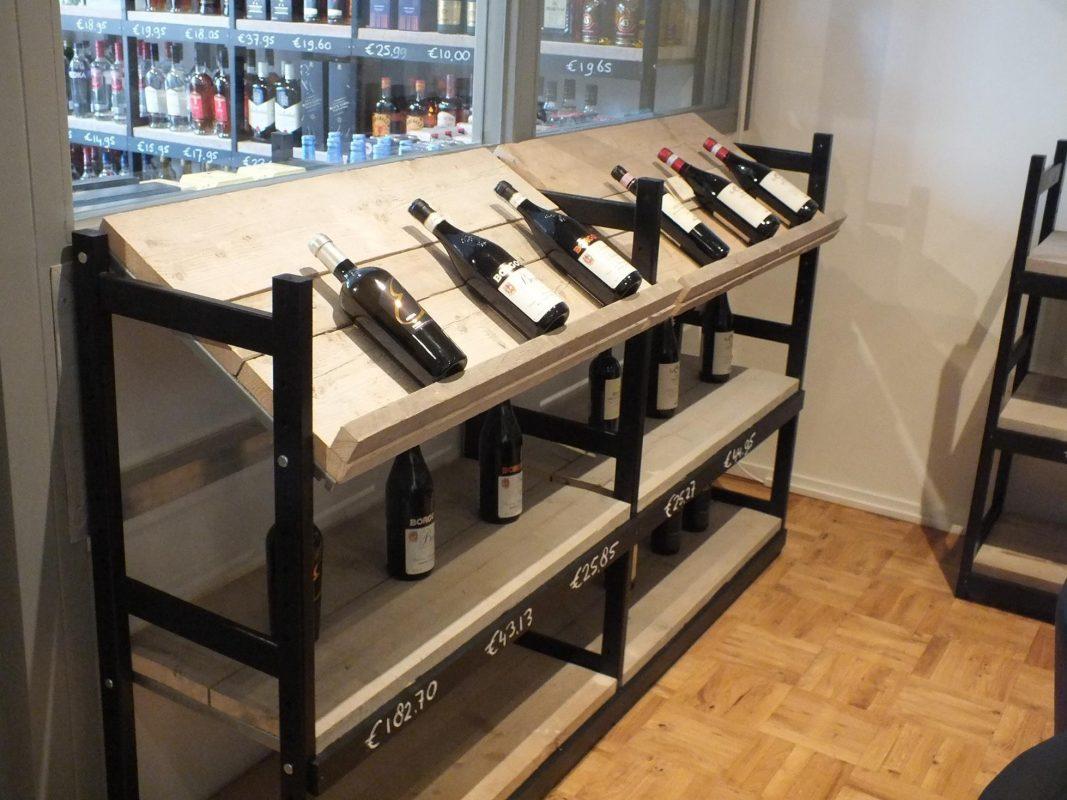 wijnrekken bottles barrels