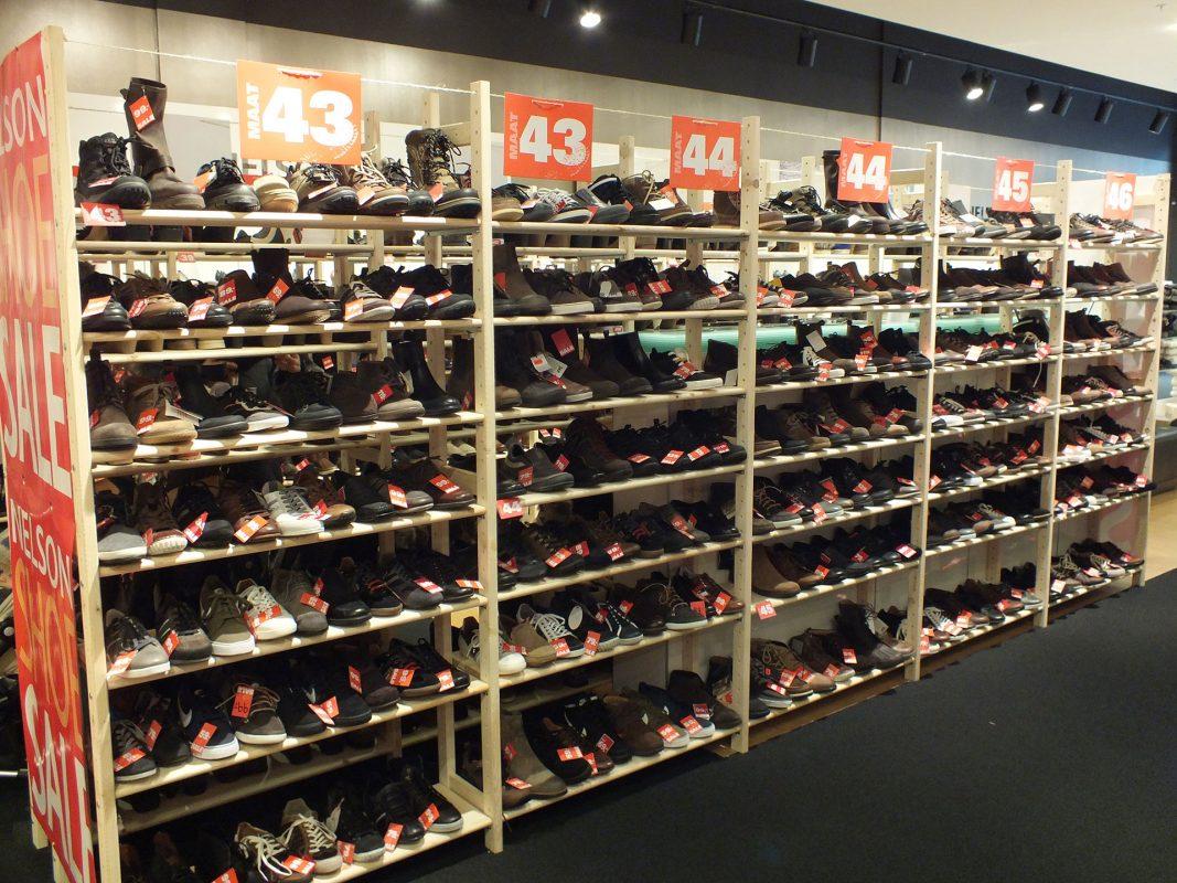Houten winkelstellingen van quickrack
